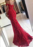 Trumpet/Mermaid Off-The-Shoulder Sleeveless Sweep Train Lace Prom Dress With Beading Appliqued