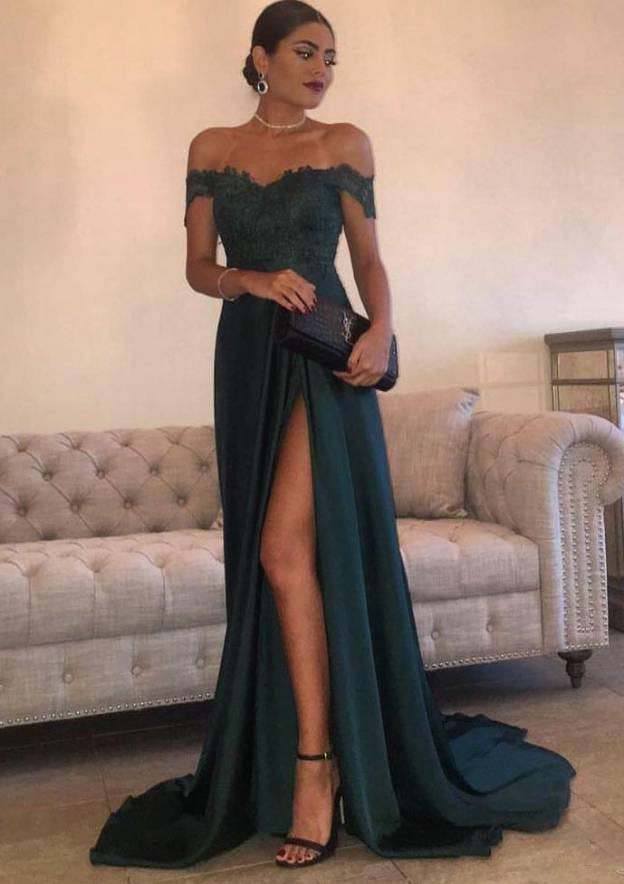 A-Line/Princess Off-The-Shoulder Sleeveless Sweep Train Charmeuse Prom Dress With Split Appliqued