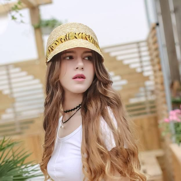 Ladies' Simple/Nice Wheat Straw Baseball Caps/Straw Hats With Feather
