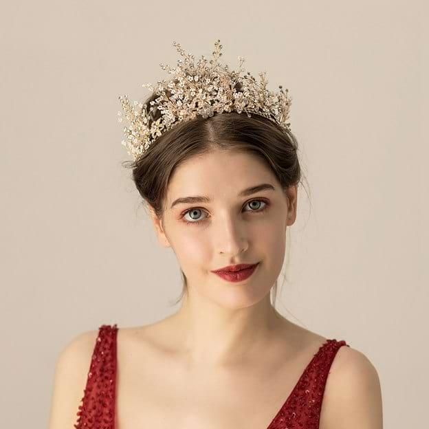 Ladies Elegant/Gorgeous Alloy With Flower/Beads Rhinestone Tiaras (Sold in single piece)