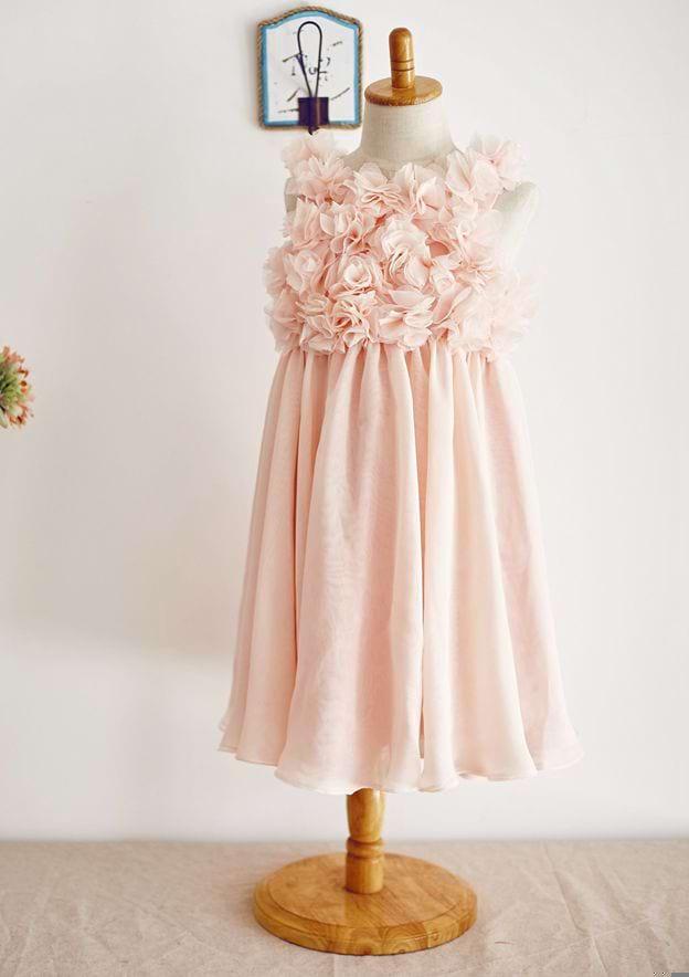 A-line/Princess Knee-Length Scoop Neck Chiffon Flower Girl Dress With Flowers
