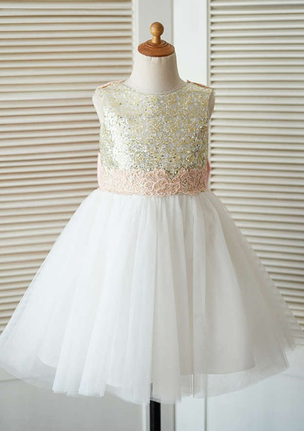 A-line/Princess Knee-Length Scoop Neck Tulle /Sequined Flower Girl Dress With Bowknot/Lace