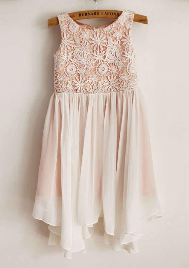 A-line/Princess Knee-Length Scoop Neck Sleeveless Chiffon/Lace Flower Girl Dress